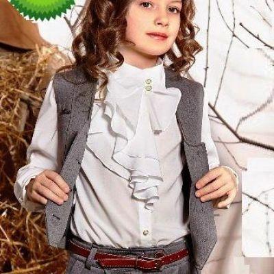 Блуза школьная для девочки Suzie Татин молочная