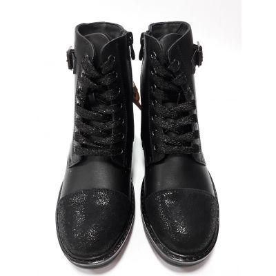Ботинки для девочки черные Сказка