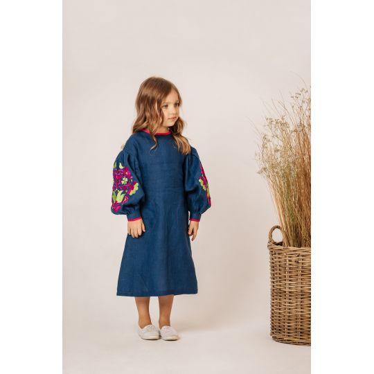 Платье вышиванка Мальва малиновое удлиненное